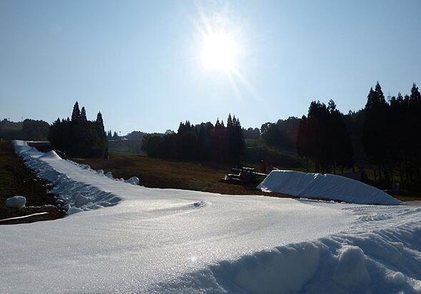 岐阜県奥美濃エリア、鷲ヶ岳スキー場が明日OPEN ! 待ちきれない雪山好き達
